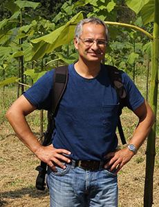Dr. Robert Brus